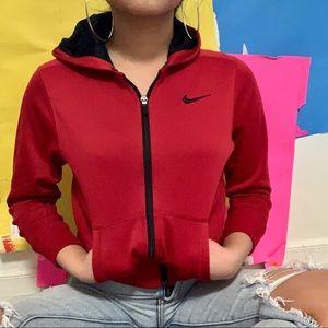 red nike track jacket ✧